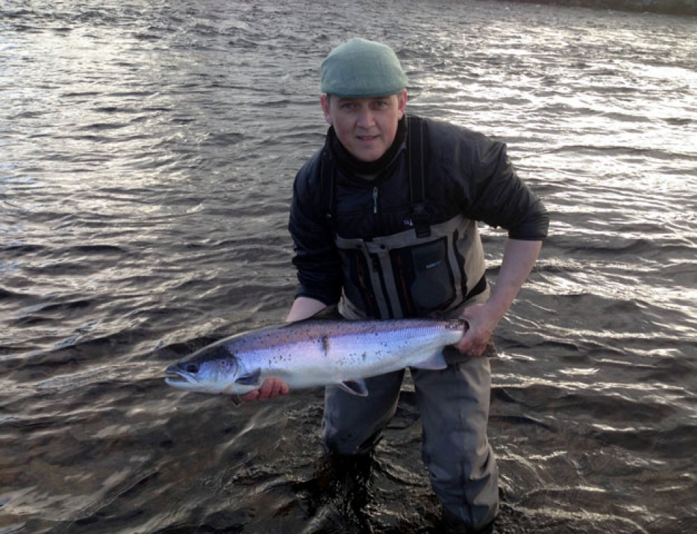 Salmon Fishing News Update. April, 2016