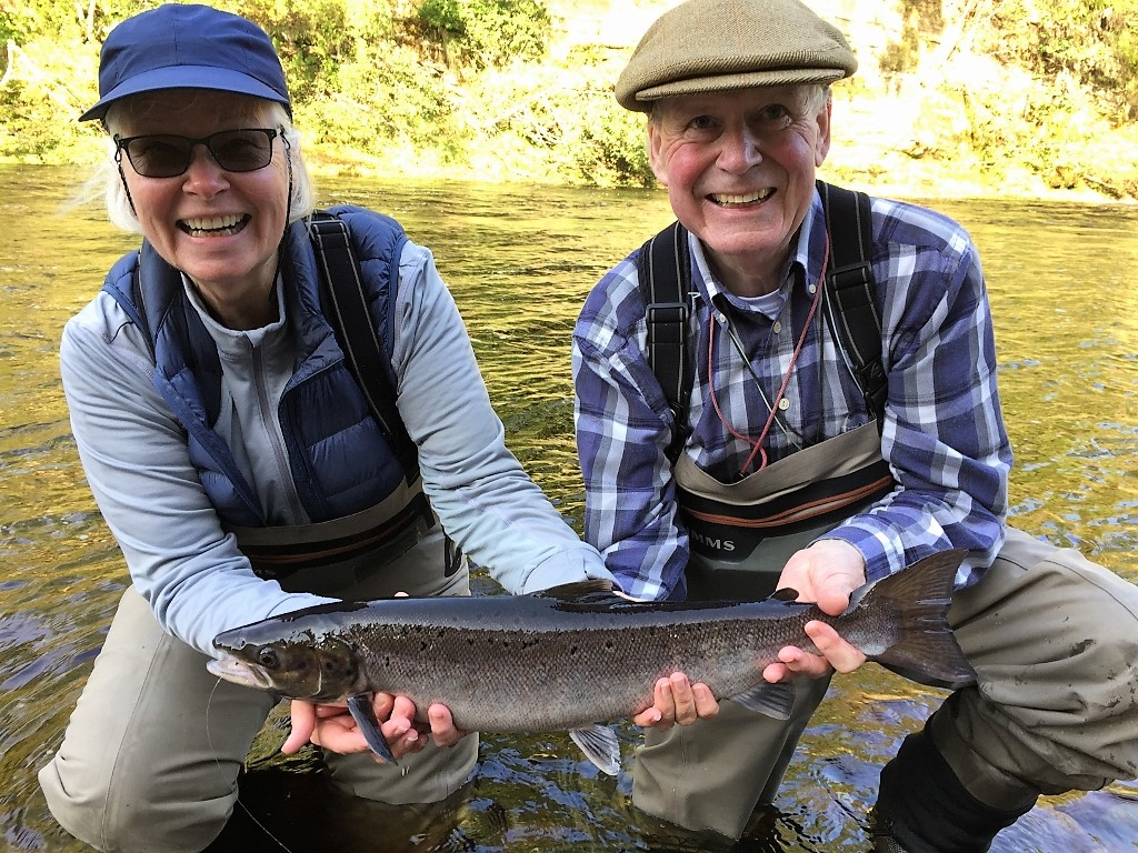 Linda Koretz and Ian Neale – 5 lb. grilse, Palamore Pool, Altyre Estate, River Findhorn